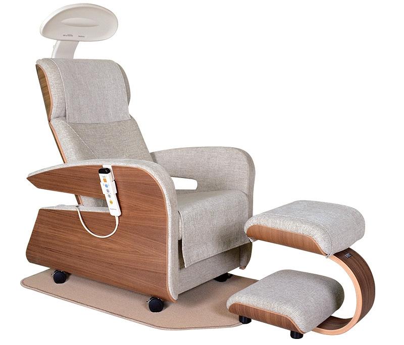 Физиотерапевтическое кресло Hakuju HEALTHTRON HEF-JZ9000M